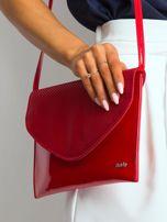Czerwona lakierowana kopertówka z klapką                                  zdj.                                  3