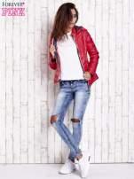 Czerwona pikowana kurtka z wykończeniem w groszki                                  zdj.                                  7