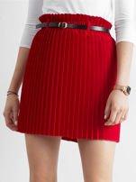 Czerwona plisowana spódnica z paskiem                                  zdj.                                  1