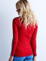 Czerwona prążkowana bluzka z golfem                                  zdj.                                  3