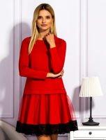 Czerwona sukienka z tiulową spódnicą                                  zdj.                                  1