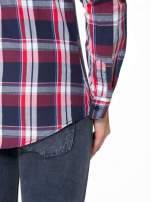 Czerwono-granatowa koszula w kratę z kieszeniami