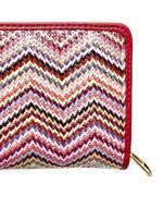 Czerwony pleciony portfel w geometryczne wzory                                  zdj.                                  5
