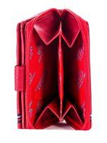 Czerwony portfel skórzany z klapką i zapięciem na suwak                                  zdj.                                  6