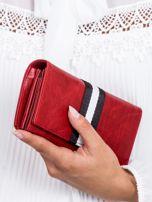 Czerwony portfel z wstawką w paski                                  zdj.                                  3