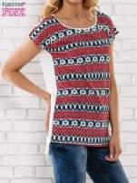 Czerwony t-shirt damski z etnicznym motywem                                  zdj.                                  3