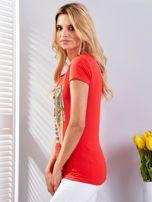 Czerwony t-shirt z fotograficznym nadrukiem                                  zdj.                                  5