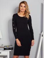 Dopasowana sukienka z oczkami na rękawach czarna                                  zdj.                                  1