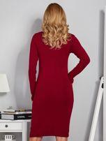 Dopasowana sukienka z ozdobnymi dżetami bordowa                                  zdj.                                  2