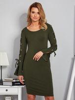 Dopasowana sukienka z rękawami lace up khaki                                  zdj.                                  1
