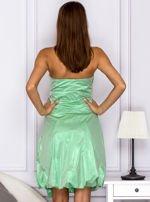 Drapowana sukienka z metalicznym połyskiem zielona                                  zdj.                                  2