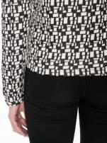 Ecru-czarna bluzka w geometryczne wzory z suwakami