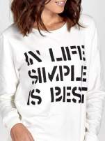 Ecru klasyczna bluza damska z napisem IN LIFE SIMPLE IS BEST                                                                          zdj.                                                                         5