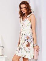 Ecru rozkloszowana sukienka w malarskie roślinne wzory                                  zdj.                                  5