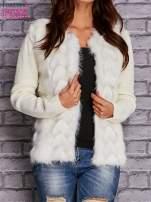 Ecru sweter z futerkiem                                  zdj.                                  1