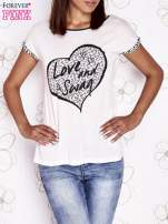 Ecru t-shirt z napisem LOVE AND SWAG