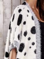 Ecru włochaty sweter w grochy                                  zdj.                                  6
