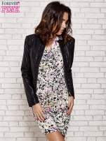 Ecru wzorzysta sukienka z drapowaniem                                                                          zdj.                                                                         5
