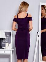 Fioletowa sukienka z dekoltem serce                                  zdj.                                  2