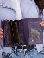 Fioletowy portfel damski we wzory                                  zdj.                                  5