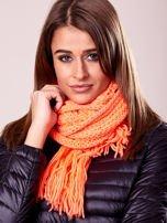 Fluopomarańczowy szalik damski z błyszczącą nitką i frędzlami                                  zdj.                                  3