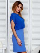 Gładka sukienka z łączonych materiałów niebieska                                  zdj.                                  3