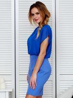 Gładka sukienka z łączonych materiałów niebieska                                  zdj.                                  5
