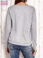 Granatowa bluza z kwiatowym nadrukiem                                  zdj.                                  4