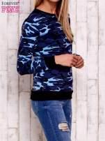 Granatowa bluza z motywem moro                                  zdj.                                  3