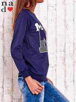 Granatowa bluza z napisem NO