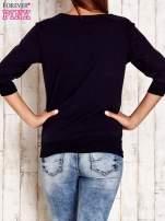 Jasnoróżowa bluza z naszywkami i ściągaczami                                                                          zdj.                                                                         4
