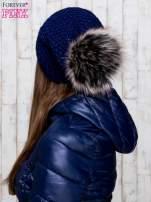 Granatowa dziergana czapka