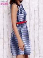 Granatowa sukienka w marynarskim stylu z paskiem                                  zdj.                                  4
