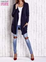 Granatowy długi niezapinany sweter z kieszeniami                                  zdj.                                  2