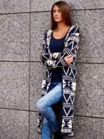 Granatowy długi sweter motywy geometryczne                                  zdj.                                  1