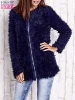 Ecru futrzany sweter kurtka na suwak                                                                          zdj.                                                                         3