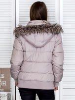 Jasnobeżowa kurtka puchowa z kapturem z futerkiem                                  zdj.                                  7