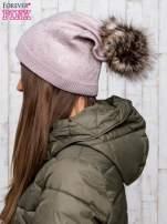 Jasnobrązowa czapka glitter z pomponem                                  zdj.                                  2