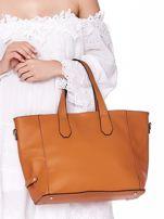 Jasnobrązowa torba shopper z ażurowaniem i odpinanym paskiem                                  zdj.                                  6