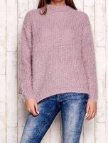 Jasnofioletowy włochaty sweter z półgolfem                                  zdj.                                  1