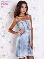 Jasnoniebieska dekatyzowana sukienka jeansowa z kieszeniami                                                                          zdj.                                                                         3