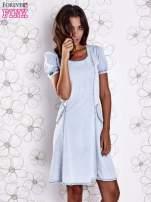 Jasnoniebieska sukienka z wycięciami na plecach                                  zdj.                                  5