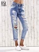 Jasnoniebieskie spodnie boyfriend jeans z dziurami                                  zdj.                                  1