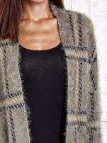 Khaki sweter w kratę z kieszeniami                                  zdj.                                  6