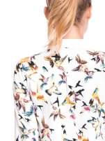 Koszula w kolibry z różowym kołnierzykiem, mankietami i listwą                                                                          zdj.                                                                         5