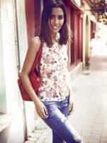 Kremowa bluzka koszulowa w róże                                  zdj.                                  6