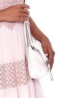 Kremowa składana torebka listonoszka-worek z plecionką                                  zdj.                                  2