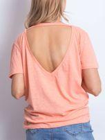Łososiowy t-shirt z głębokim dekoltem z tyłu                                  zdj.                                  2