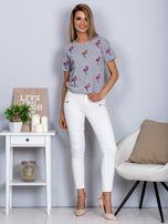 Luźny t-shirt we flamingi jasnoszary                                  zdj.                                  4