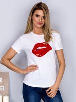 Luźny t-shirt z futrzanymi ustami biały                                  zdj.                                  1